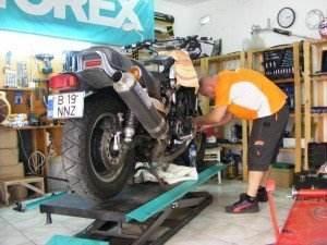 piese-accesorii-si-consumabile-moto-piese-si-consumabile-auto-service-moto-17